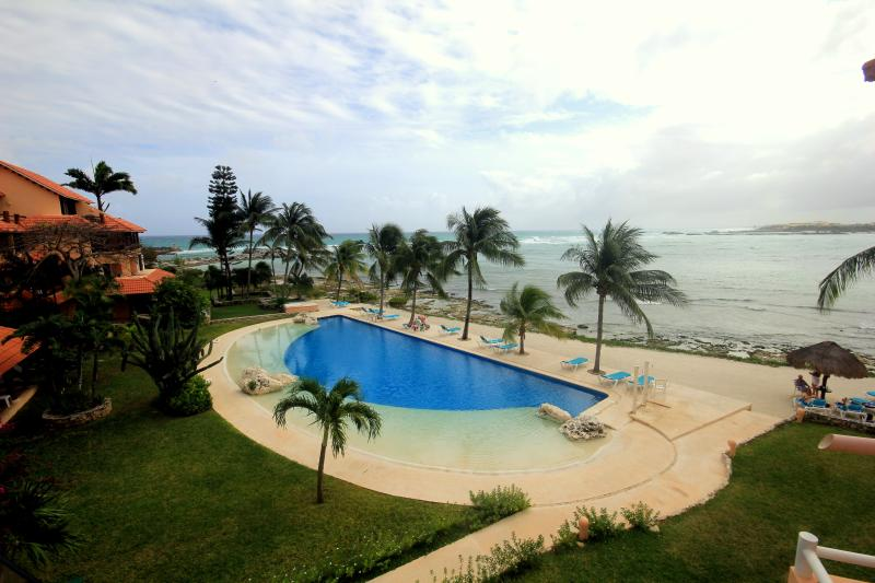 View from Living area/patio - **BEST VIEWS REMODEL WIFI GRILL ALL NEW BEST PRICE - Puerto Aventuras - rentals