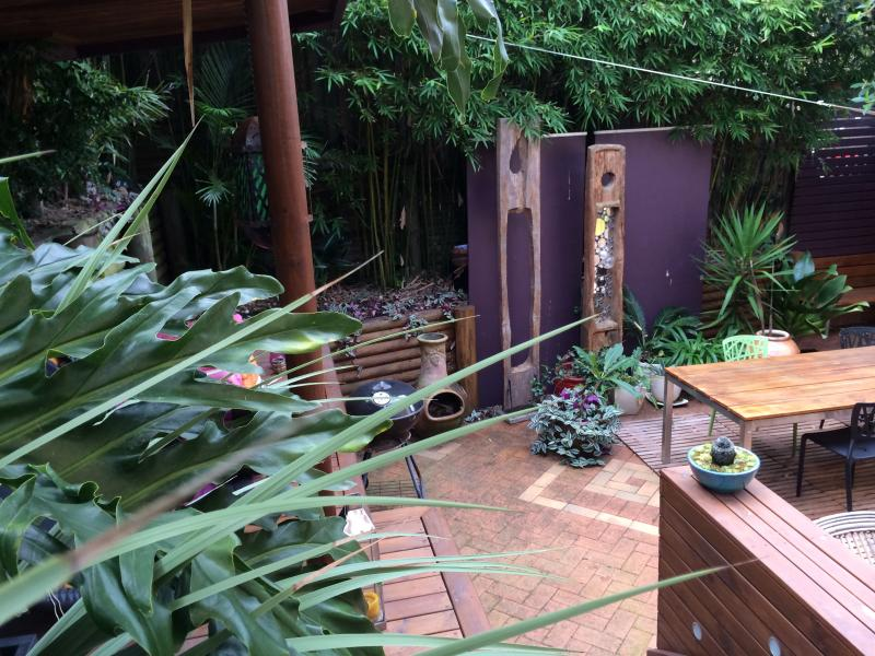 The multi -level Balinese courtyards - Bronte Tamarama Beach Retreat - Bronte - rentals