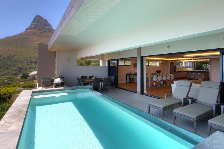 Superbly Stylish, 3 bed Luxury Vacation Rental - Image 1 - Camps Bay - rentals