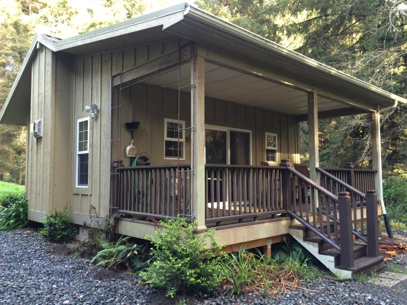 Cottage #1, the Forest Haven Suite is located on the N. CA Redwood Coast, epicenter of  tranquility. - The Golden Eagle Cottages: 1 - Trinidad - rentals