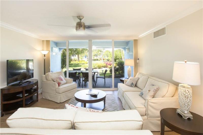 SILVER SANDS-UNIT #28 - Image 1 - Seven Mile Beach - rentals