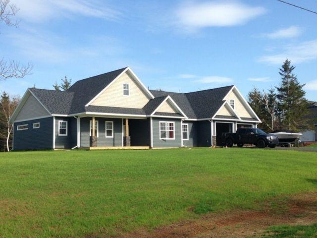 House sits on a 2 acre private lot located in a vacation community with a private beach. - Summer Vaction Home - Borden-Carleton - rentals