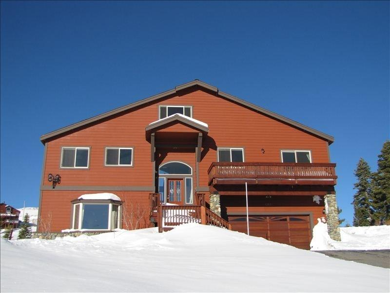 Tahoe Donner cabin with views! - Image 1 - Truckee - rentals