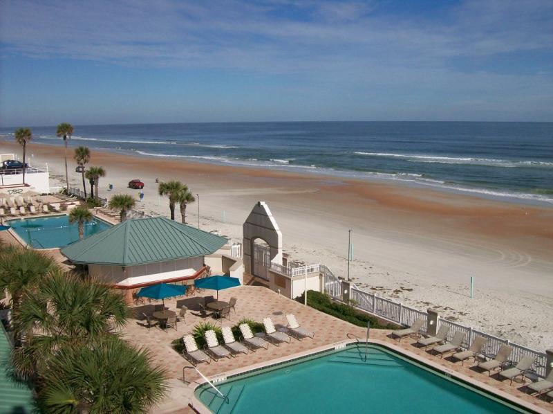 ocean view studio at the Daytona Beach Resort and Conference Center - Daytona Beach Resort OceanView  50/night - Daytona Beach - rentals
