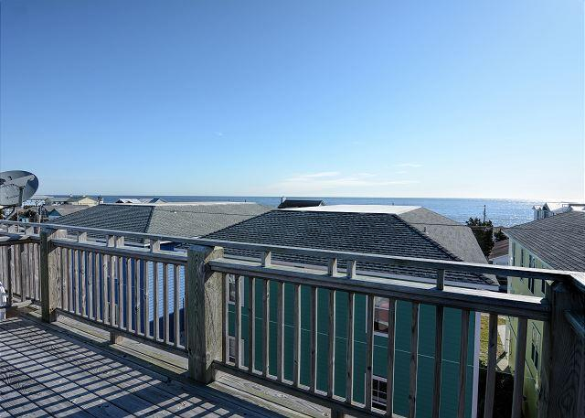 Celestial Kure - Updated and spacious 5 bedroom townhouse with crows nest. - Image 1 - Kure Beach - rentals