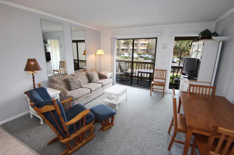 HH Beach & Tennis, 114B - Image 1 - Hilton Head - rentals
