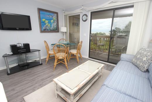 HH Beach & Tennis, 332C - Image 1 - Hilton Head - rentals