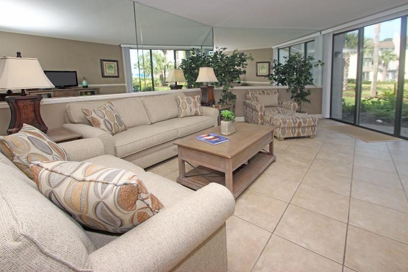 Shorewood, 418 - Image 1 - Hilton Head - rentals