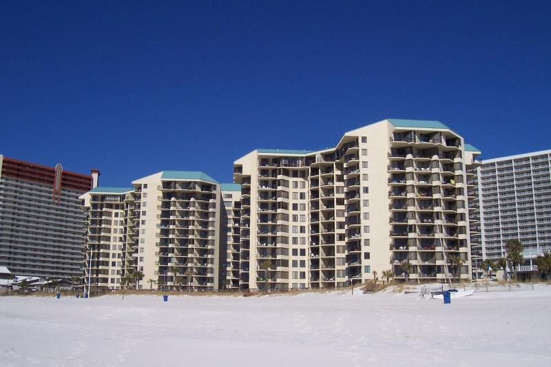 PS WALK TO PINEAPPL WILLYS - BEACHFRONT UNIT- ** - Image 1 - Panama City Beach - rentals