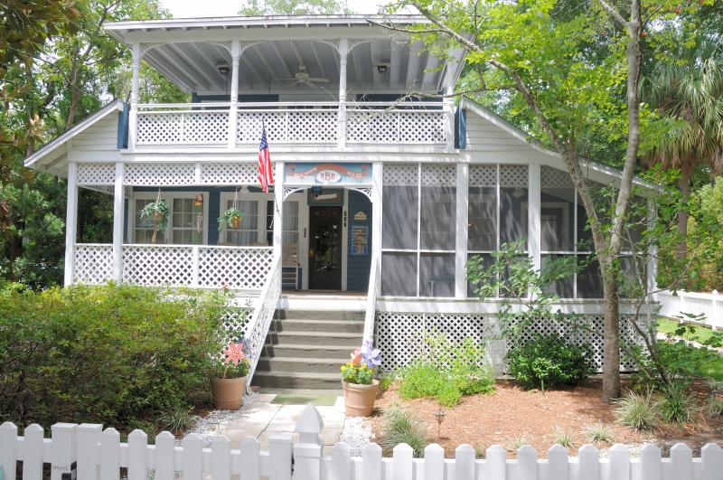 Beachview House - Located IN the Village - Walk to everything - Saint Simons Island - rentals