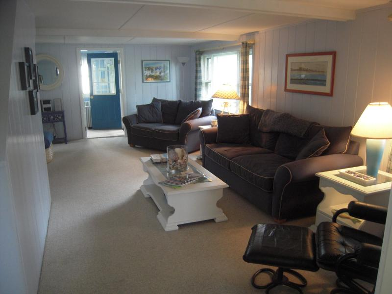 Large Living Room - Awesome Cottage on the Nubble - York - rentals