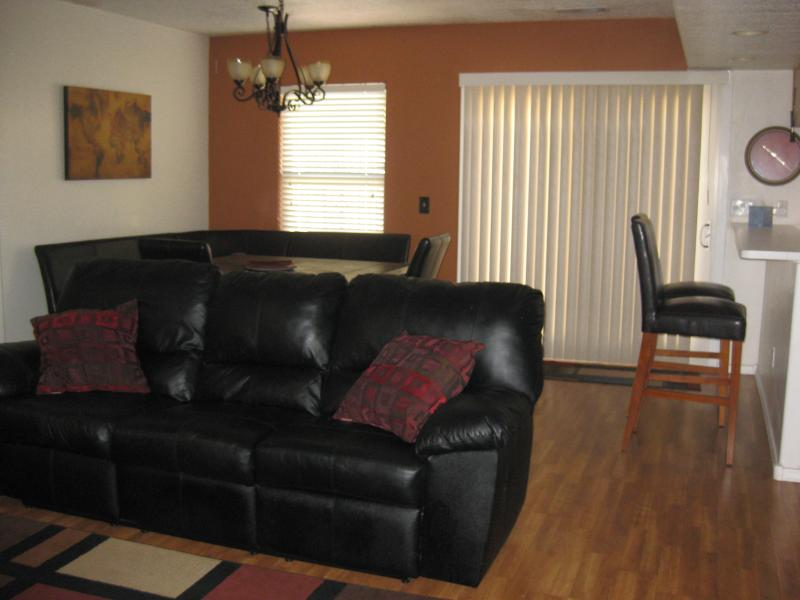 Living Dining & Kitchen open to each other - Convenient I-40 & Coors Location/ Freeway access - Albuquerque - rentals