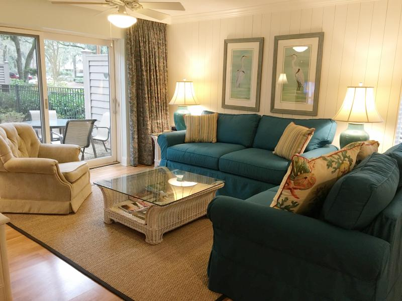 VILLA HAS BEEN 100% REMODELED DURING THE PAST 3 YEARS. END VILLA/PRIVATE/QUIET - Sea Pines-Harbour Town-Heritage Villa - Hilton Head - rentals