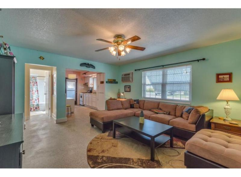 Captains Quarters - Image 1 - Clearwater - rentals