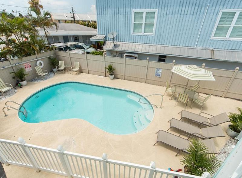 Seaside Seclusion - Suite 3U - Image 1 - Clearwater - rentals