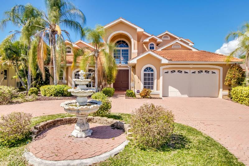 Luxury Villa Rosegarden Estate Cape Coral, Southwest Florida - Villa Rosegarden Estate - Spectacular Waterview - Cape Coral - rentals