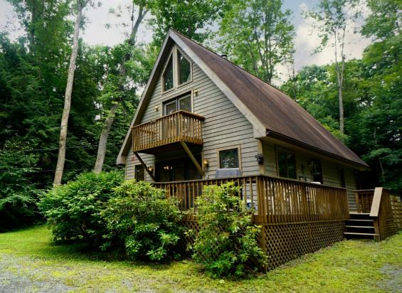 Welcome to Your Deep Creek Lake Getaway in this Cute and Cozy Cottage! - Wind in the Willows-Lake Access! - Oakland - rentals