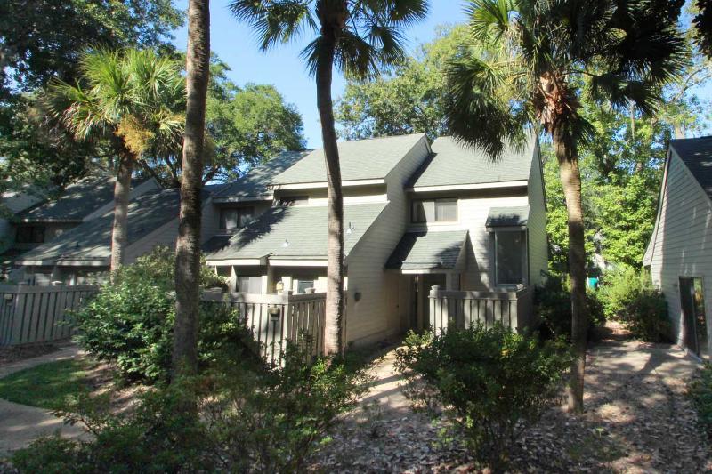 Ocean Cove, 834 - Image 1 - Hilton Head - rentals