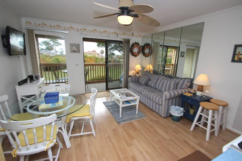 HH Beach & Tennis, 130C - Image 1 - Hilton Head - rentals