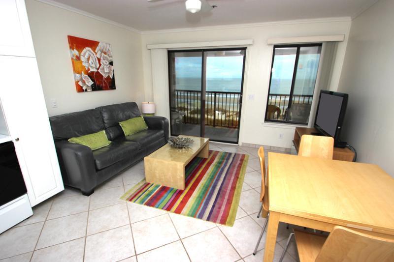 HH Beach & Tennis, 404AR - Image 1 - Hilton Head - rentals