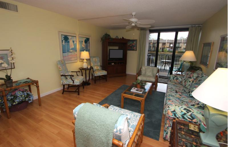 Island Club, 105 - Image 1 - Hilton Head - rentals