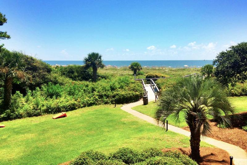 Island Club, 1201 - Image 1 - Hilton Head - rentals