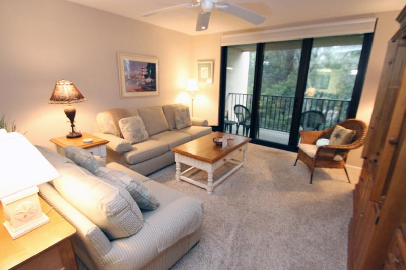 Island Club, 1304 - Image 1 - Hilton Head - rentals