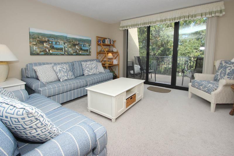 Island Club, 1404 - Image 1 - Hilton Head - rentals