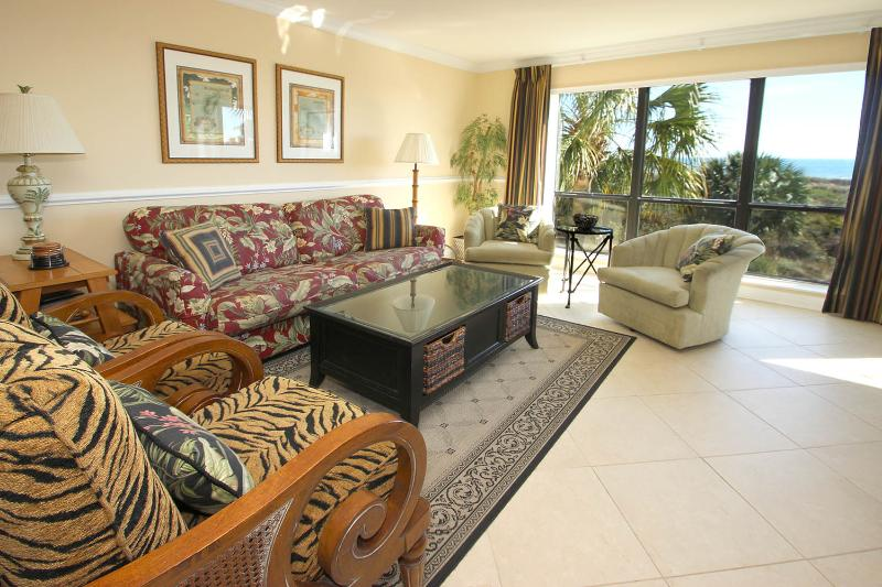 Shorewood, 204 - Image 1 - Hilton Head - rentals
