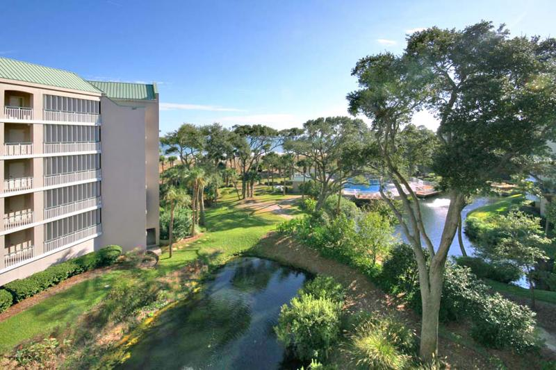 Windsor Place, 402 - Image 1 - Hilton Head - rentals