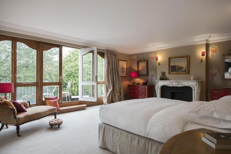 onefinestay - Albert Terrace private home - Image 1 - London - rentals