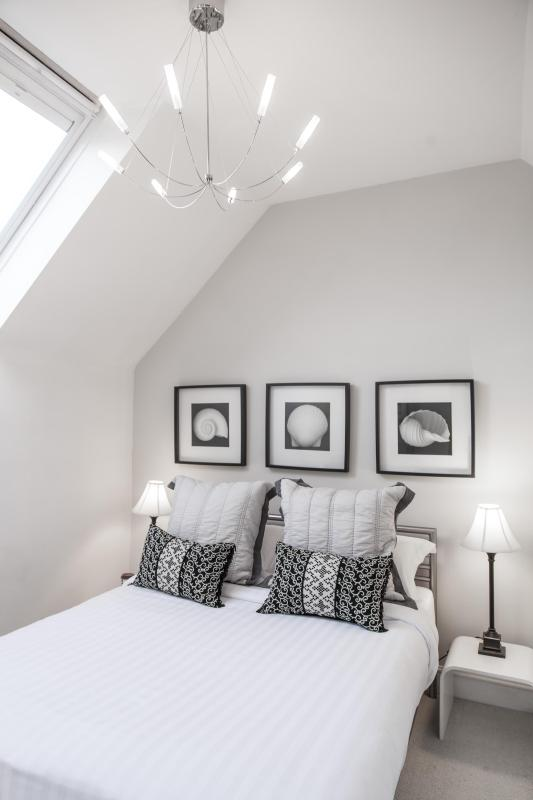 onefinestay - Altenburg Gardens private home - Image 1 - London - rentals