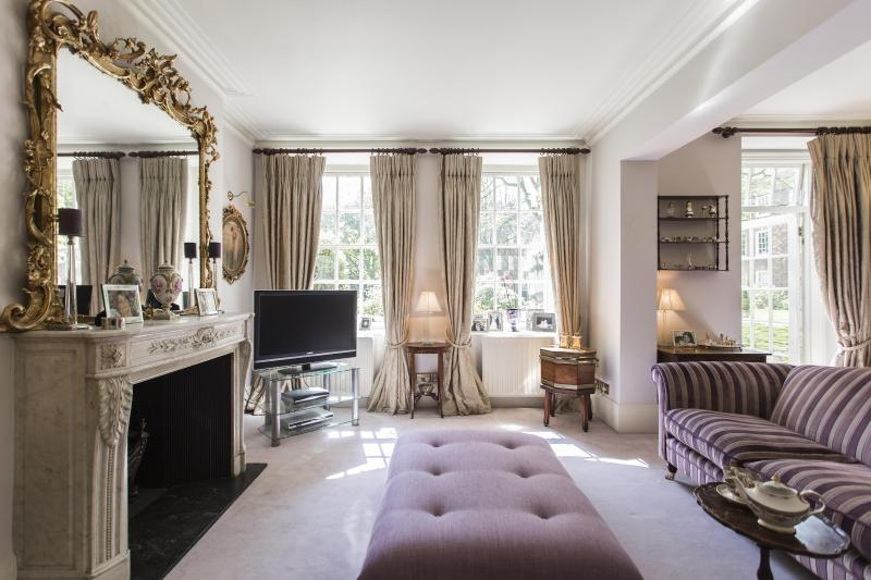 onefinestay - Bolton Place private home - Image 1 - London - rentals
