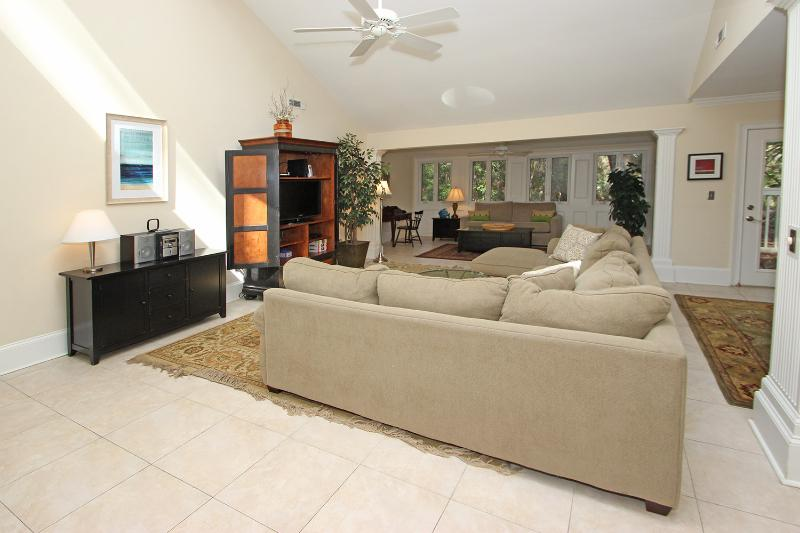 Carolina Retreat - Image 1 - Hilton Head - rentals