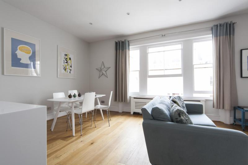 One Fine Stay - Clanricarde Gardens IV apartment - Image 1 - London - rentals