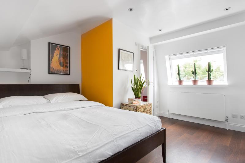 onefinestay - Coningham Road II private home - Image 1 - London - rentals