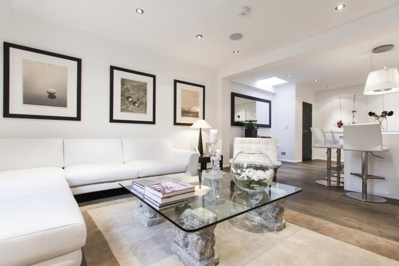 onefinestay - Elm Park Gardens IV apartment - Image 1 - London - rentals