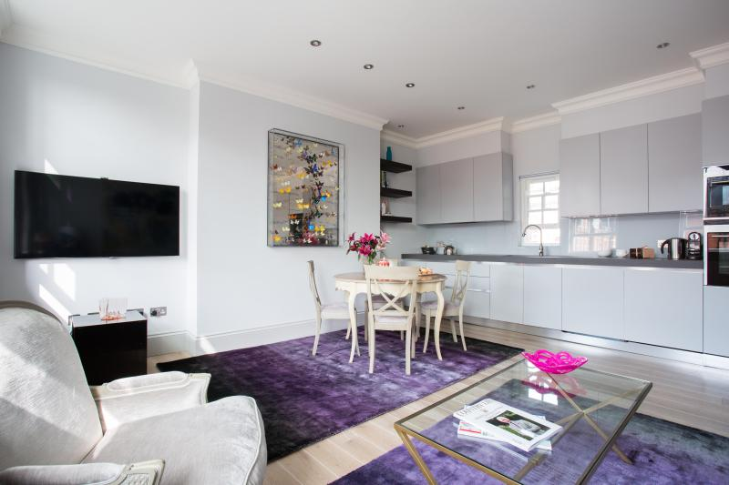 One Fine Stay - Egerton Place apartment - Image 1 - London - rentals