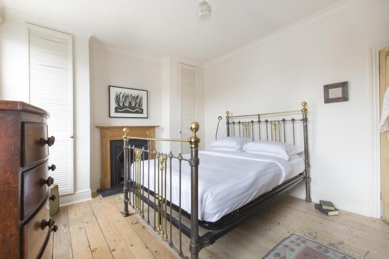 One Fine Stay - Fortnam Road apartment - Image 1 - London - rentals