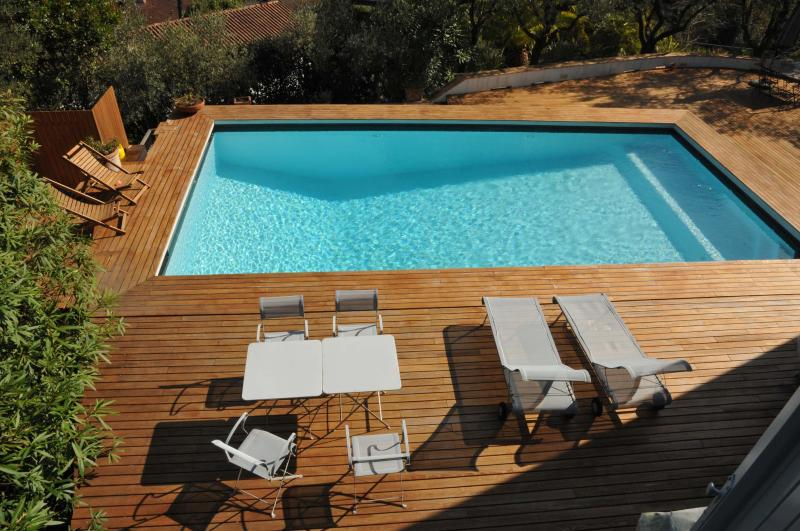 Villa Madreperla a view of the pool from 1st floor - VILLA MADREPERLA /POOL/ AT 5 MINS BEACHES -5 TERRE - Bocca di Magra - rentals
