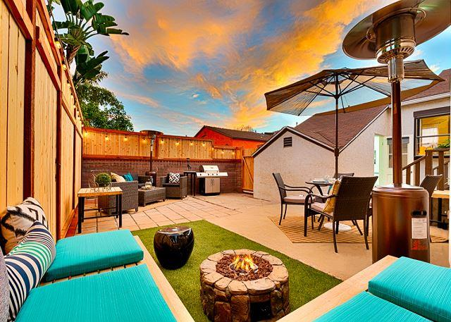 Beautiful new backyard with firepit and bar-b-que. - 15% OFF APRIL - Steps to Beautiful Mission Bay, Fanuel Park & Beach - San Diego - rentals