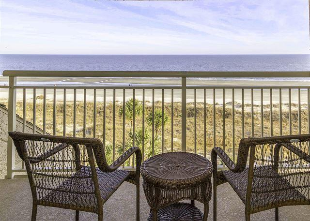 An incredible view of the ocean - Captains Walk 484, 5th floor Oceanfront, 2 Bedrooms, Large Pool, Sleeps 6 - Hilton Head - rentals