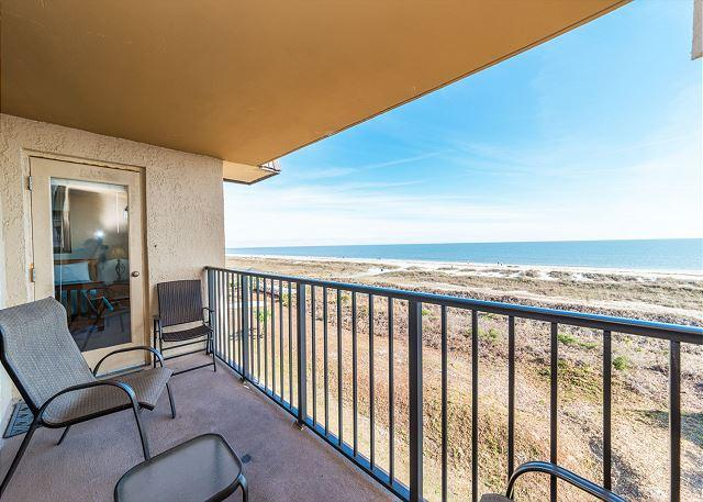 Relaxation - Island Club 5402, 2 Bedroom, Ocean Front View, Large Pool, Sleeps 8 - Palmetto Dunes - rentals