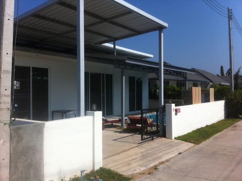 Infront house view - Nice 2 bedrooms house , close of the sea in Hua Hin - Hua Hin - rentals