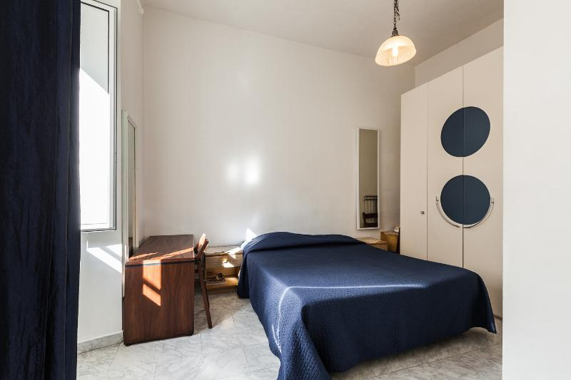 The First Twin Bedroom - 2bd flat off Piazza di Porta Pia (Villa Borghese) - Rome - rentals