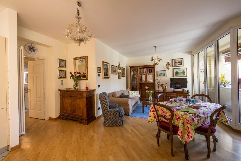 Welcome to RITMOLESTO - Cozy, quiet, charming, centrally located! - RITMOLESTO - Comfy, Quiet, Central, With a Terrace - Bologna - rentals