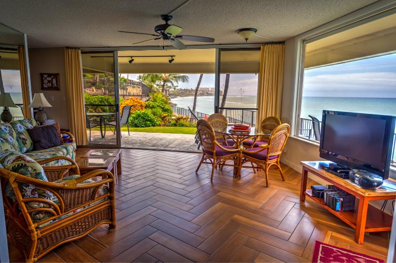 Panoramic views from everywhere.  Can you hear the ocean? Photo taken March 2016. - MAUI OCEANFRONT 2-BEDROOM/BATH BEACH HOUSE CONDO - Napili-Honokowai - rentals