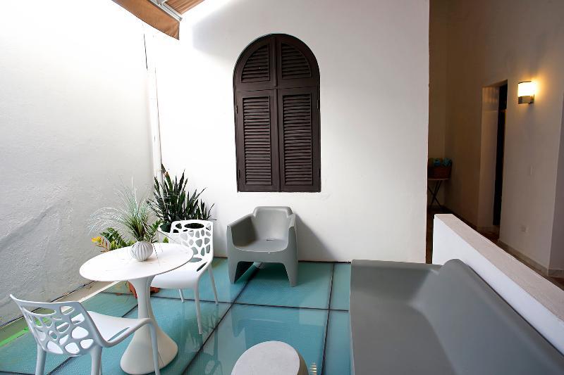 San Sebastian Patio Rental - Image 1 - San Juan - rentals