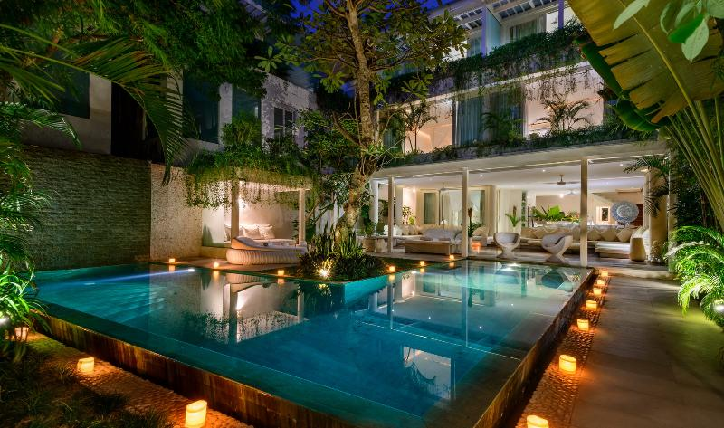 Luxurious 5 bedrooms Villa, Batu Belig Beach - Image 1 - Seminyak - rentals