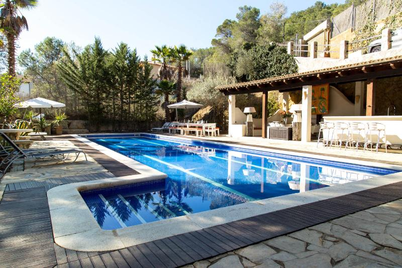 Villa Palmera, Sitges, with up to 9 bedrooms - Image 1 - Sitges - rentals